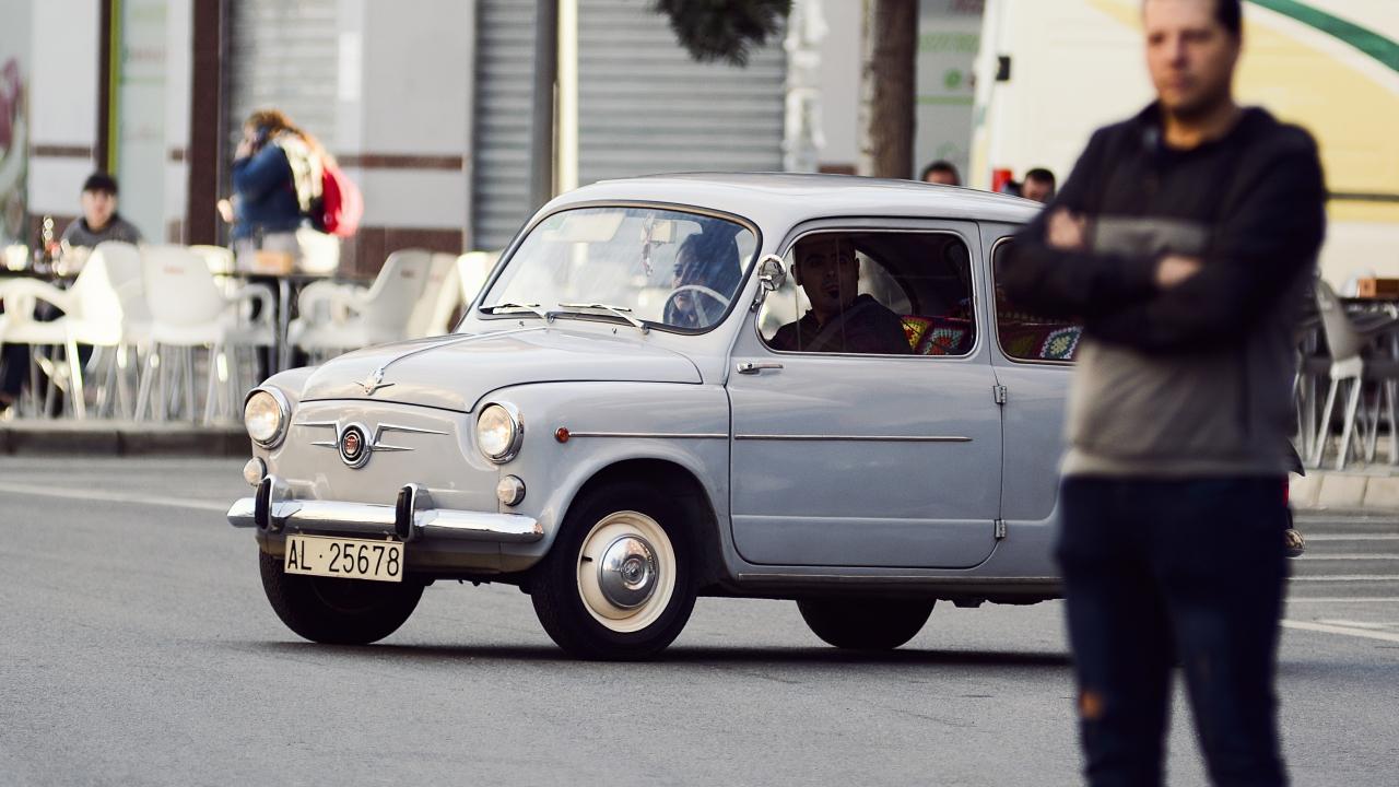 IV Concentración de coches Clásicos Ciudad de Roquetas (11)